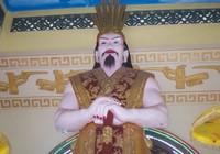 Tượng Quốc Tổ Vua Hùng gây tranh cãi