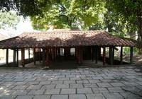 Đình cổ Sài Gòn xập xệ chờ 'chết'