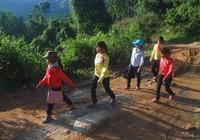 Bốn huyện miền núi xin cơ chế đặc thù như Tây Nguyên