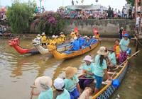 Đua thuyền trên Sông Hàn chào mừng Quốc khánh