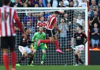 Martial toả sáng, MU thắng kịch tính (3-2) trước Southampton