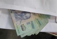 Y bác sĩ Bệnh viện Bình Chánh nộp lại 433 triệu tiền quà tặng