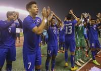 Bóng đá Thái Lan đang rất... 'nhạy cảm'