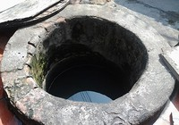 Hai giếng cổ 'vuông - tròn' không bao giờ cạn ở giữa lòng thành phố