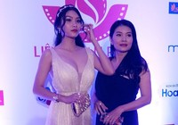 Nữ hoàng cảnh nóng phim Việt kể chuyện 'cởi áo'