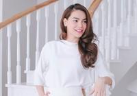 Hồ Ngọc Hà chấm thi người mẫu
