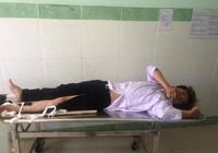 CSGT bị tông gãy chân khi chặn, dừng xe hai thanh niên
