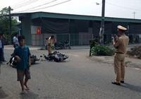 2 nam sinh lớp 10 tông xe làm 4 người văng ra đường