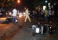 Ô tô tông 3 xe máy, bà bầu và 7 người trọng thương