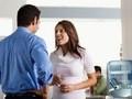 """5 chủ đề tuyệt đối không nên """"kể lể"""" với đồng nghiệp"""