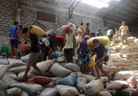 Philippines: 8 người chết trong lúc cướp phá kho gạo chính phủ
