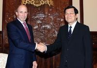 Tặng huân chương Hữu nghị cho nguyên thủ tướng Nhật