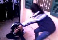 Kinh hãi clip nữ sinh đánh bạn dã man chưa từng thấy