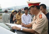 Đà Nẵng: Hỗ trợ CSGT bằng tiền phạt