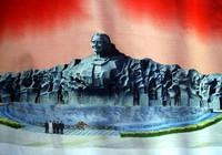 Nguyên mẫu tượng đài mẹ VN anh hùng Núi Cấm qua đời