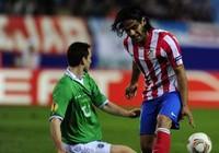 """Man City """"dội bom"""" Atletico nhằm sở hữu Falcao"""