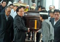 Nghệ sĩ rơi nước mắt trong tang lễ NSND Trọng Khôi