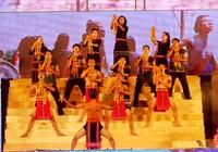 Khai mạc Festival Huế 2010: Kẹt cứng người