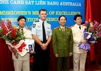 Hai tướng Việt Nam được trao huân chương Ưu tú Úc