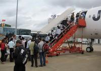 """Chiều 13/5/2011, Jetstar """"tung"""" vé giá rẻ 350.000 đồng/chặng"""