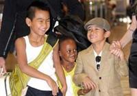 Clip: Jolie cùng các con ở sân bay Narita, Nhật Bản