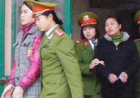 Chủ tịch tỉnh Hà Giang thừa nhận ảnh khỏa thân là của mình