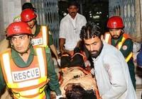 Hai vụ nổ bom, 42 người chết