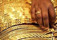 Giá vàng bật mạnh lên trên mốc 2,650 triệu đồng/chỉ