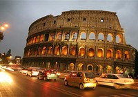 Người Italia sơ tán khỏi Rome vì động đất