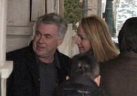 """HLV Ancelotti tranh thủ """"du hý"""" cùng bồ mới ở Venice"""