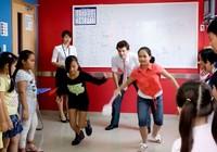 Nở rộ giáo viên ngoại dạy tiếng Anh: Kỳ 1: Sống tốt ở Việt Nam