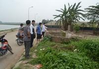 Xác nam thanh niên nằm chết bên đường