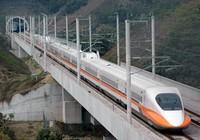 Tái khởi động đường sắt cao tốc là cần thiết, đúng luật