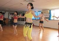 Thận trọng khi học múa bụng