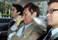 2 đại gia bất động sản giàu nhất Hong Kong bị bắt