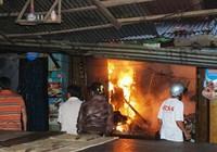 Gia Lai: Cháy lớn tại quầy hàng khô chợ Hội Phú