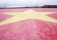 Khánh thành cờ Tổ quốc bằng gốm lớn nhất Việt Nam cho Trường Sa