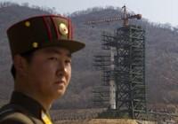 Cận cảnh tên lửa Triều Tiên sắp phóng