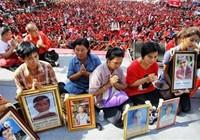 Phe áo đỏ Thái Lan biểu tình
