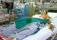 Nghỉ Tết, ô sin nam đắt khách trong bệnh viện