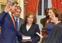 Hillary Clinton ra đi, John Kerry nhậm chức
