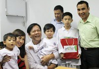 Phẫu thuật tim miễn phí cho trẻ em nghèo