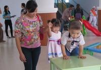 Trường mầm non lúng túng nhận giữ trẻ ngoài giờ
