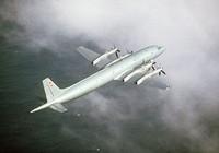 Máy bay chiến đấu Nhật Bản chặn máy bay quân sự Nga