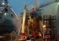 Tàu ngầm hạt nhân của Nga bốc cháy tại xưởng đóng tàu