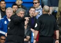 Lộ diện trọng tài bắt chính đại chiến Chelsea – Man Utd