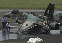 F-16 Mỹ tài trợ cho Indonesia bốc cháy đen khi cất cánh