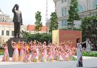 TP.HCM: Khánh thành tượng đài Chủ tịch Hồ Chí Minh