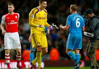 Hòa Sunderland, Arsenal hết hi vọng về nhì