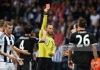 Terry: Chiếc thẻ đỏ và ngã rẽ cuộc đời